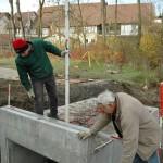 Sersheim Bau von Stelzbruecken ueber Muehlbach und Aischbach - im Hintergrund die Fessler-Muehle - Beutke und Fraenzel Gewaesserbau